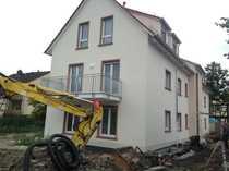 Erstbezug Moderne 2-Zimmer-Dachgeschosswohnung mit Balkon