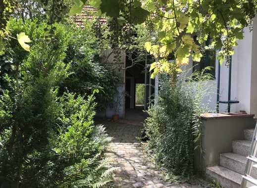 Romantisches altes Anwesen in Dreieich