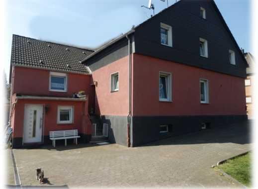 separater Bauplatz plus 3 Familienhaus 8 Garagen 400 qm Nutzfl. in Bottrop