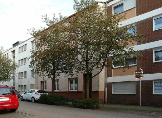 Ratingen-Mitte/Nähe Fußgängerzone: Lichtdurchflute 4-Zimmer-Wohnung im 2. OG / kein Aufzug !