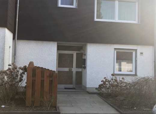 Großes Einfamilienhaus! ... optisch und technisch gut! ... mit 2 Garagen!