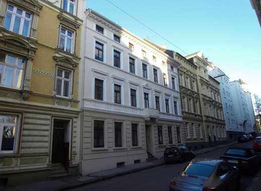 Gemütliche 2 bis 3 Zimmer-Wohnung unweit Platz der Republik