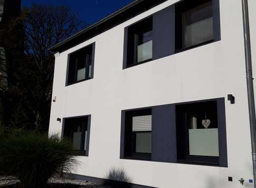 Sanierte 2,5-Zimmer-Wohnung mit Balkon in Velbert