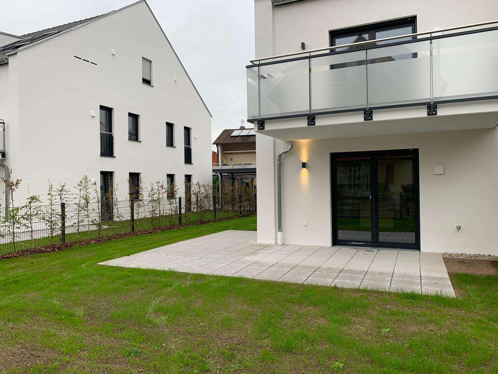 Neubau-Wohnung in Top-Lage mit Garten  in Dechsendorf (Erlangen)