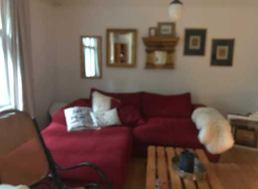 Zimmer mit separatem Bad, Eingang, Kochnische, Gartennutzung an Katzensitterin zu vergeben