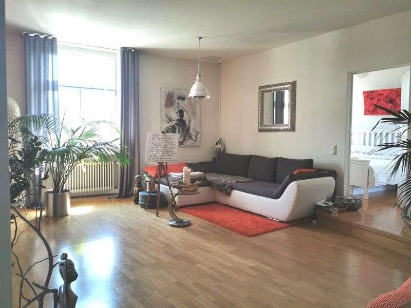 Wunderschöne 3-Zimmer-Wohnung mit exklusiver EBK in Laufen in