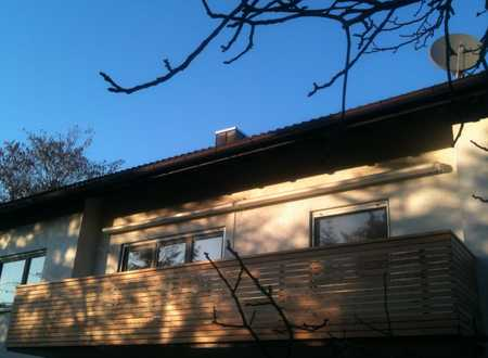 Erstbezug nach Sanierung mit EBK und Balkon: helle 3,5-Zimmer-Wohnung in Grünwald in Grünwald (München)