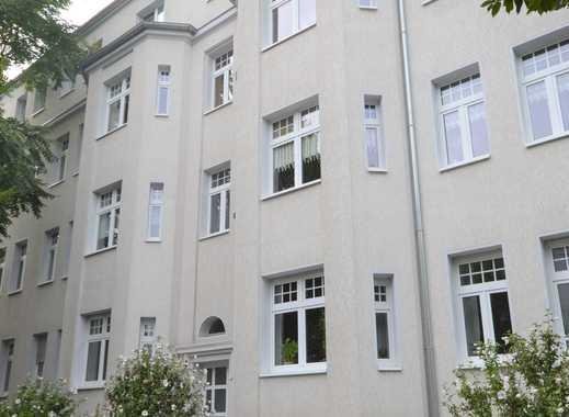 3-Zimmer-Dachgeschosswohnung in Stadtfeld Ost zu vermieten!