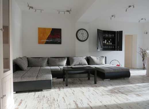 Terrassen-Wohnung im bevorzugten Essener Süden: 100 qm,  mit 3 Schlafzimmer, 2 Bäder, Fußbodenhei...