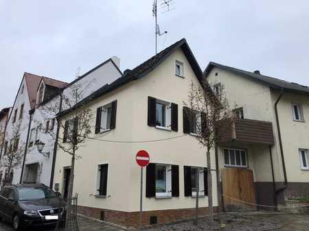 Klein und fein: Single-/Pärchen-ideal: Neu renoviertes Häuschen in der Altstadt,in ruhiger Eck-Lage in Burglengenfeld