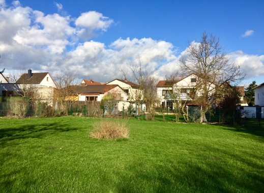 Großzügiges Grundstück in schöner Wohnlage in Petterweil!
