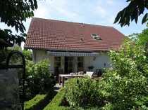 RESERVIERT---Neuwertiges Einfam Haus mit Garten
