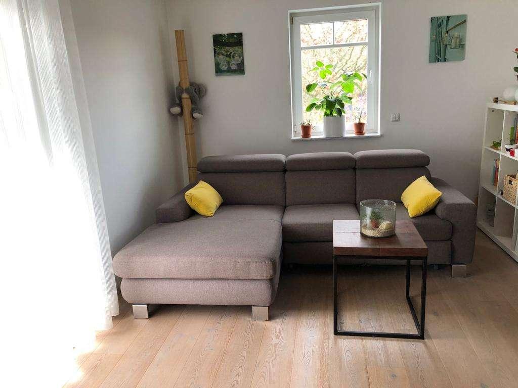 Schöne 2-Zimmer-Wohnung mit Balkon und EBK in Schönbuschnähe in