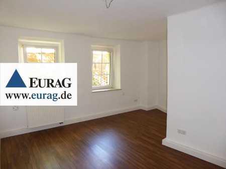 N-St.Johannis: Schöne 3-Zi-Whg. direkt an den Pegnitzwiesen (EG), EBK opt. in Sandberg