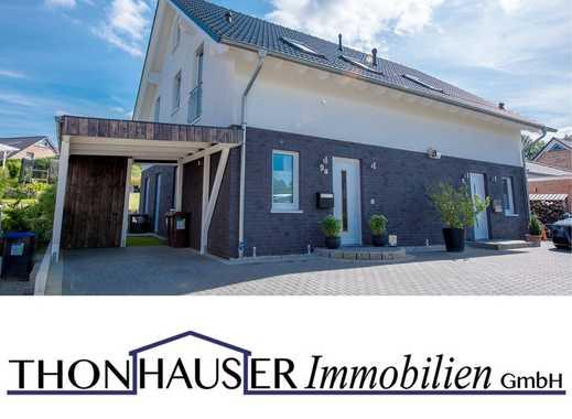 Neuwertige Doppelhaushälfte mit Carport in 22946 Trittau