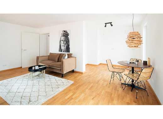 Großzügige 2-Zimmer-Wohnung mit hochwertiger Ausstattung, Einbauküche und Balkon