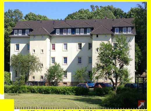 Wohnküche + großes Wohnzimmer + Gartenmitbenutzung !!!