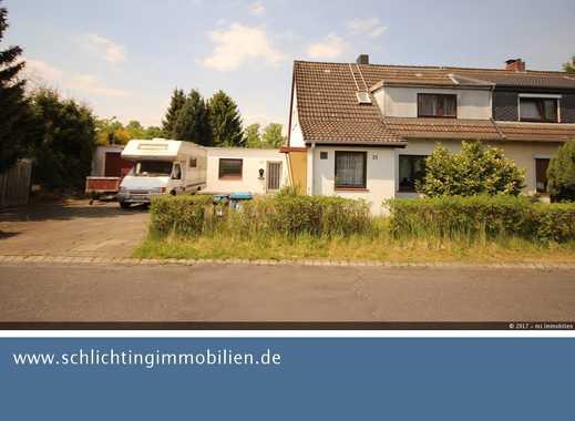 Sonniges Grundstück in Glinde Nähe Mühlenteich mit Altbestand