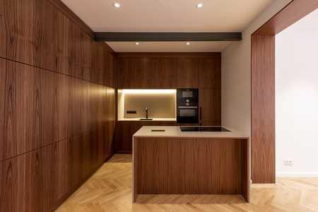 Exklusive 4 Zimmer Alt-Bau Wohnung an der Pinakothek/ Maxvorstadt in Maxvorstadt (München)