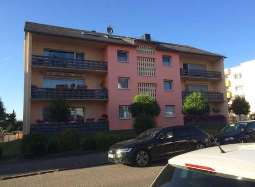 Geräumige und modernisierte 3-Zimmer-Wohnung mit Balkon in Emmelshausen