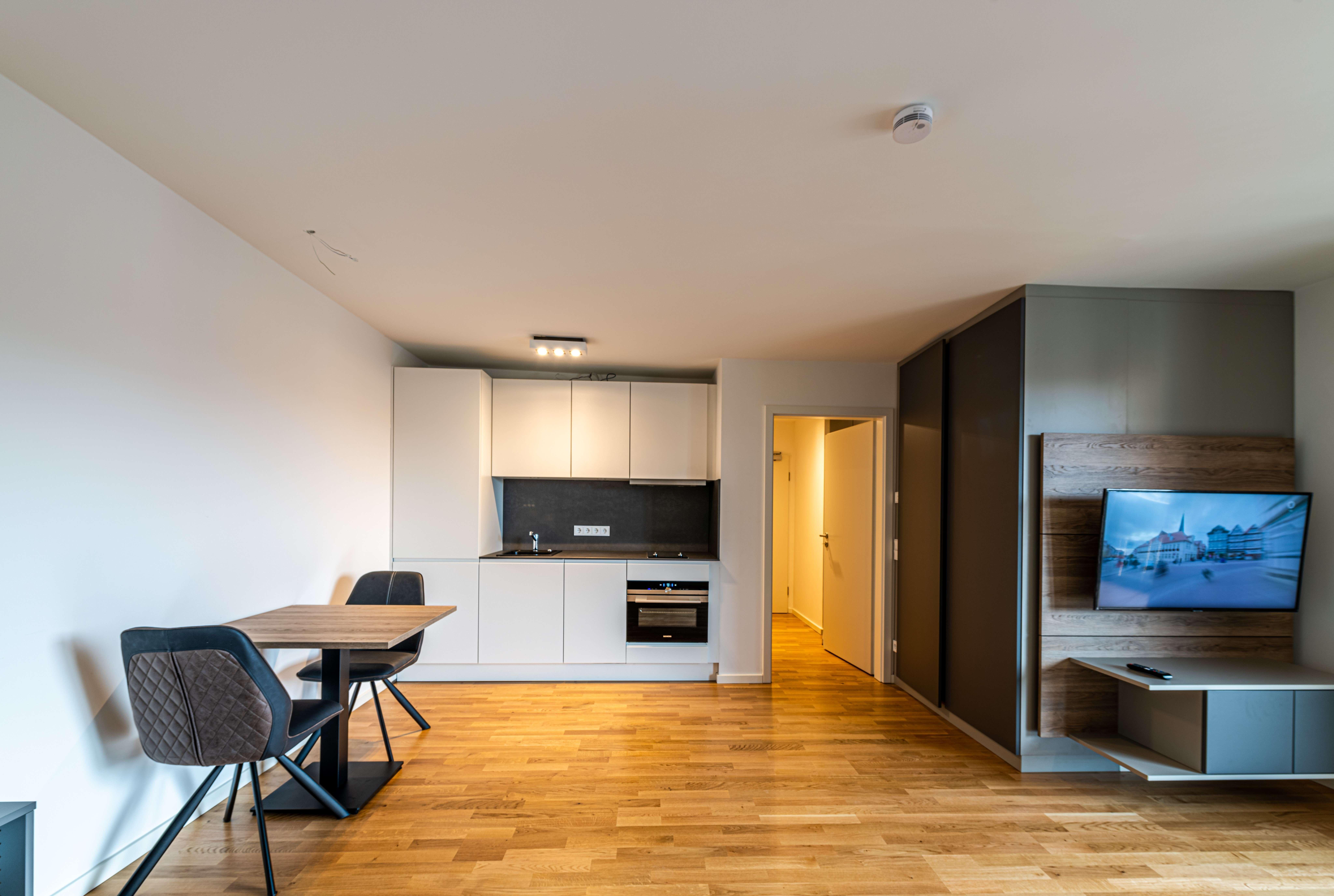 NEUBAU 1-Zimmer - möblierter Wohntraum in München-Neuhausen in Neuhausen (München)