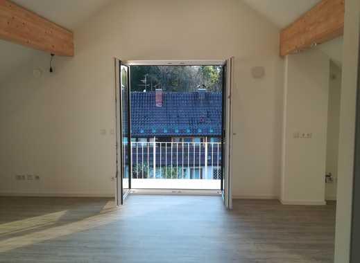 Erstbezug: Stilvolle 2 Zimmer Dachgeschosswohnung Mit EBK Und Balkon In  Geretsried