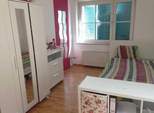 16 m2 groß Zimmer in netter WG, Mitte
