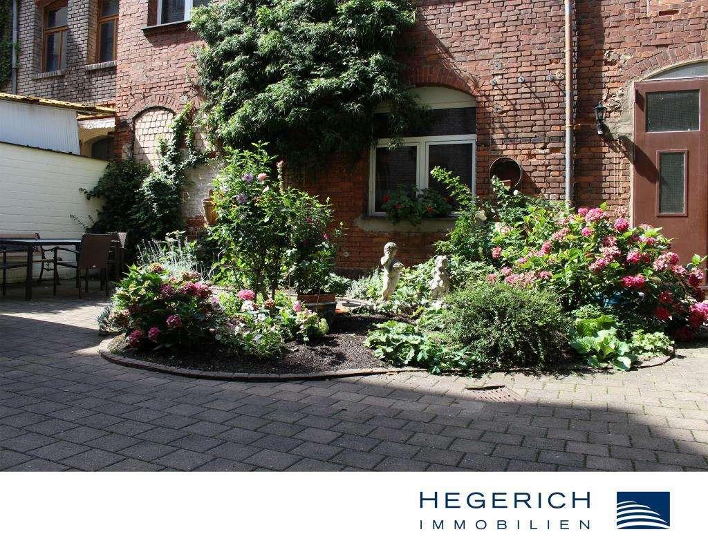 HEGERICH: Helle und großzügige 3-Zimmer-Wohnung mit charmanten Innenhof! Fürther Südstadt! in