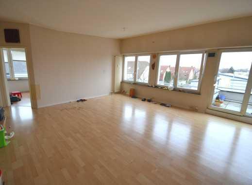 ++Geräumige 2,5-Zimmer-Wohnung mit 2 Balkonen in zentraler Lage Köln-Porz++