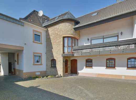 Immobilie mit vielen Möglichkeiten: großes Haus in gefragter Ortslage von Gau-Bickelheim