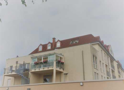 Tiefgaragenstellplatz im Zentrum von Homburg zu vermieten