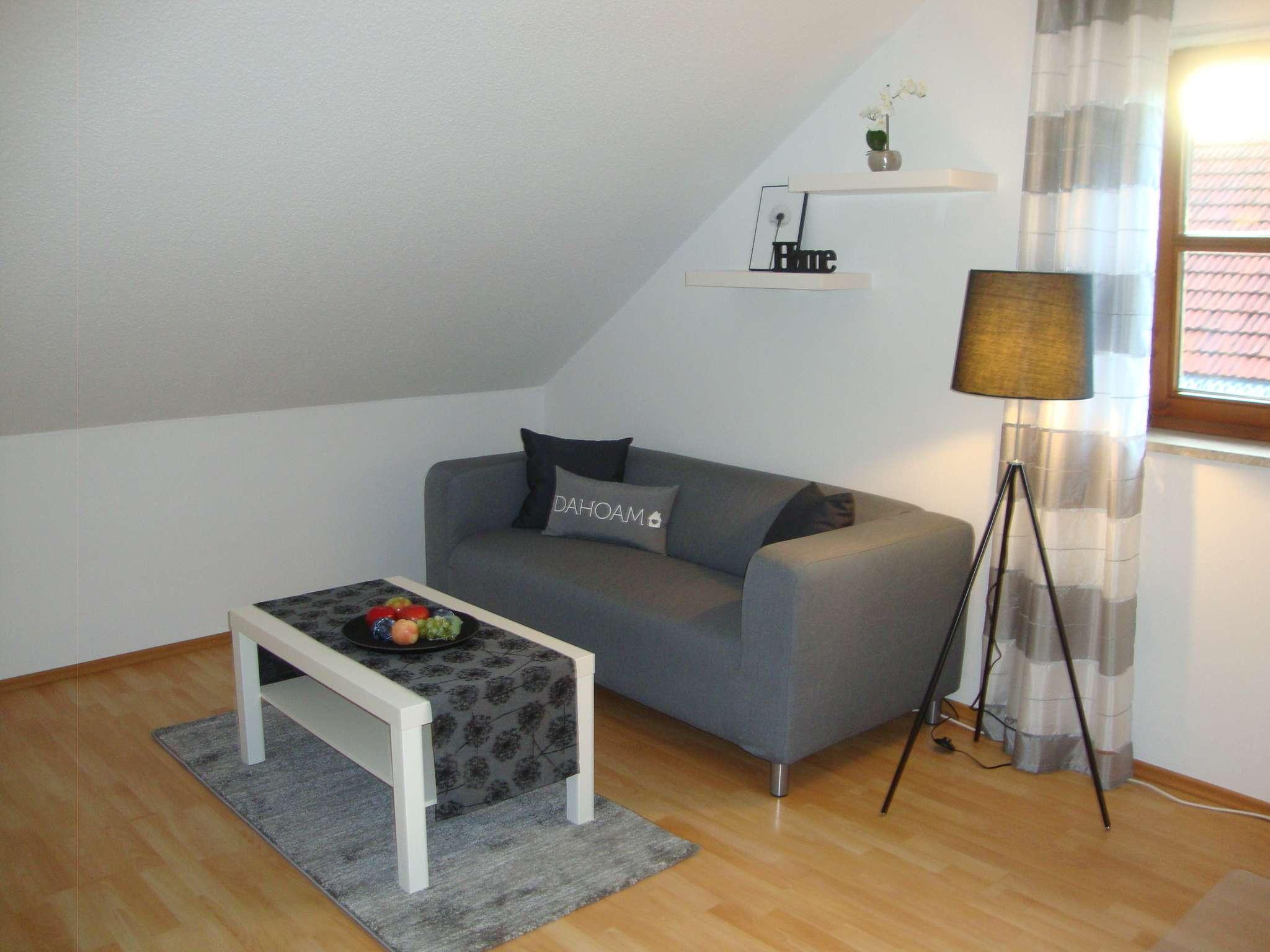 Komplett ausgestattete, helle 1,5 Zimmer Wohnung, provisionsfrei in Ismaning