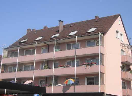 Gemütliche 3 Zimmer-DG Wohnung im 4. OG in Nürnberg, Nähe Aufsessplatz