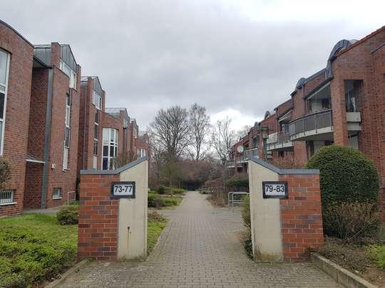 Großzügige 3-Zimmer Wohnung im Grünen mit Balkon, Hinter dem Holze 79