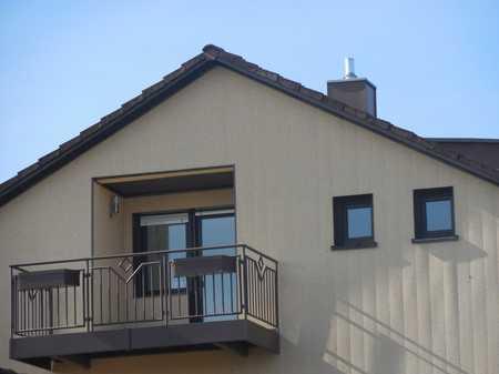 Schöne geräumige drei Zimmer Dachgeschoßwohnung in Kirchdorf a.d.Amper, OT Nörting in Kirchdorf an der Amper