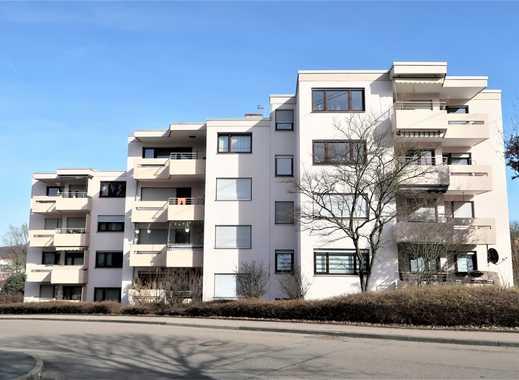 Gelegenheit! 3,5 Zi-Wohnung, Aussichtslage, großer Balkon, 1 Stellplatz im Freien!