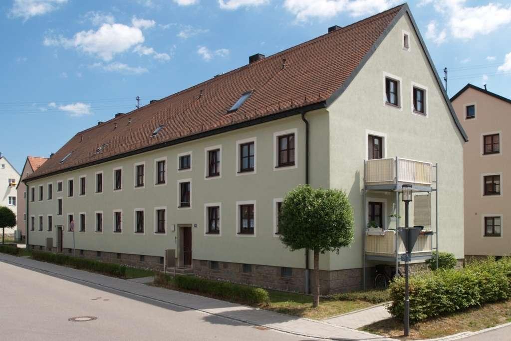 Wiesau  .  2-Zimmer-Wohnung im EG mit Balkon in