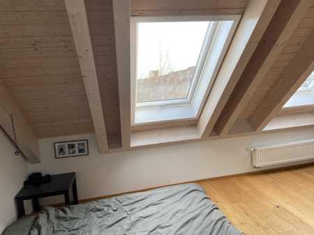 Attraktive, gepflegte 3-Zimmer-DG-Wohnung mit gehobener Innenausstattung in Augsburg in Lechhausen (Augsburg)