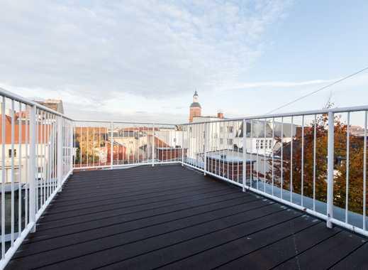 Erstbezug nach hochwertiger Sanierung! Dachgeschoss, Altstadt mit Wasserblick und Terrasse (VH DG)