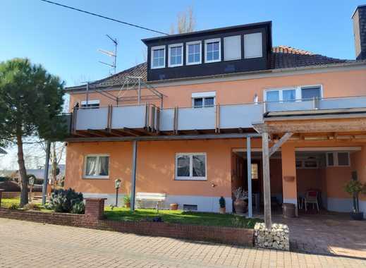 Gepflegte 3-Zimmer-Wohnung mit Balkon und Einbauküche in Bermersheim