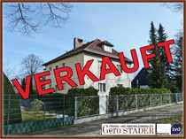 2-Familienhaus auf großem Grundstück ( !! Bauland !! )