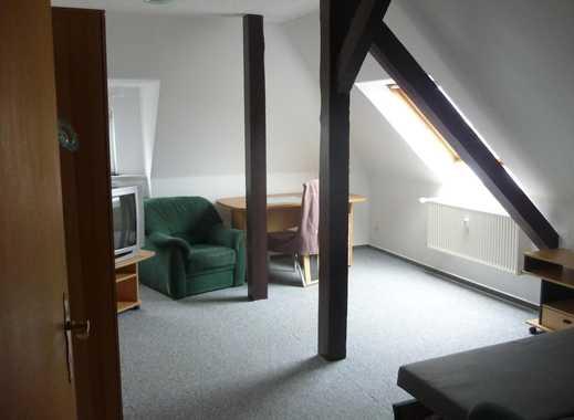 ++ Ruhige und helle Frauen-WG mit möblierten Zimmern in schöner + zentrumsnaher Wohngegend ++