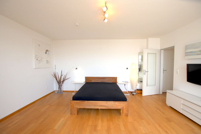 Schöne 1-Zimmer-Wohnung in perfekter Lage mit Dachterrasse