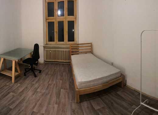 16qm möbliertes WG-Zimmer, direkt an der Möllerbrücke!