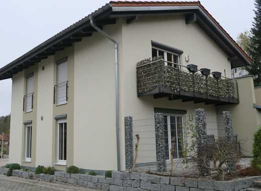 Gepflegte 3-Zimmer-EG-Wohnung mit Terrasse in Oberaichbach