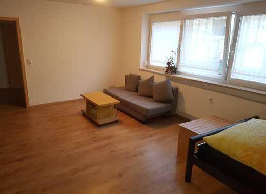 Neuwertige 1-Zimmer-Erdgeschosswohnung mit Einbauküche in Zirgesheim