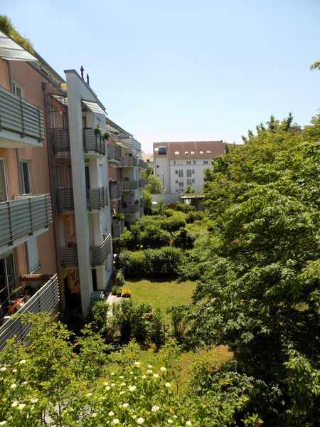 Helle, ruhige frisch sanierte 3 Zr.-Whg. im Zentrum Straubings mit S/W-Balkon + TOP-EINBAUKÜCHE in Kernstadt (Straubing)