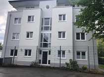 Gepflegte Erdgeschosswohnung mit drei Zimmern