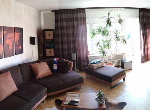 Gepflegte 2,5-Zimmer-Terrassenwohnung mit Balkon und EBK in Dormagen Zons