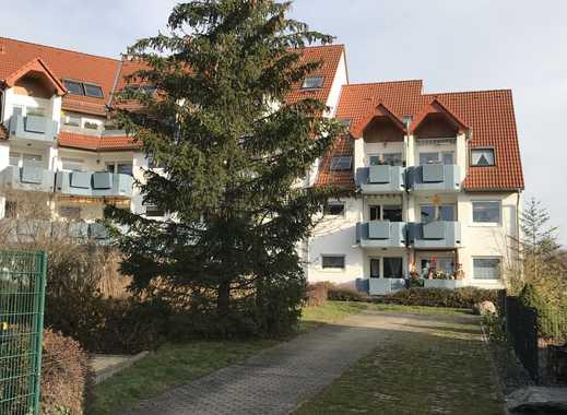Neuwertige 1,5-Zimmer-DG-Wohnung mit Balkon und Einbauküche in Taucha